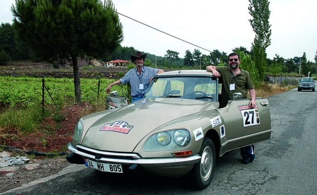 classic-car-dergi-1